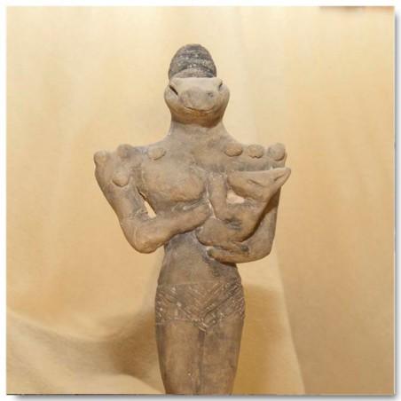 Sumerian statuette. Nammu