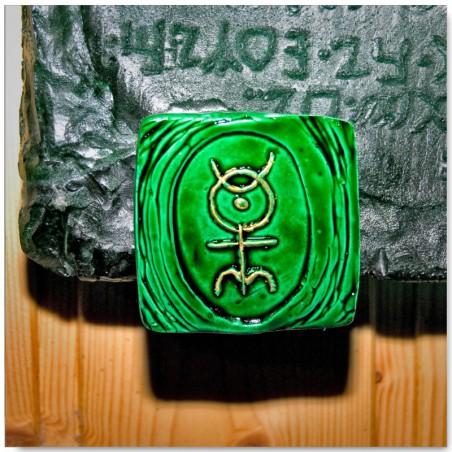 Emerald Tablet hangers